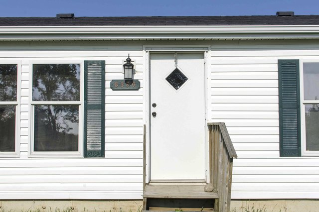 How To Measure Doors On A Mobile Home With Pictures Ehow
