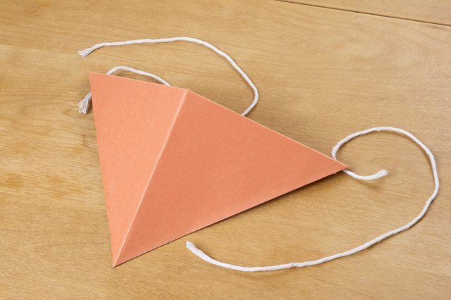 How To Make A Construction Paper Beak With Pictures Ehow