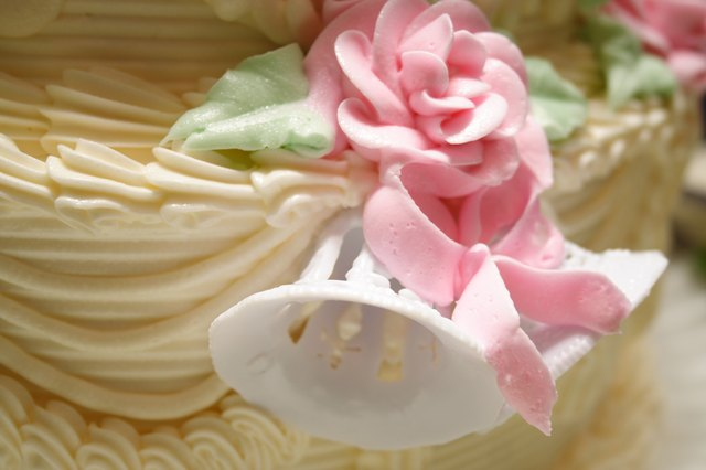 What Is Gum Arabic Used For In Cake Decorating