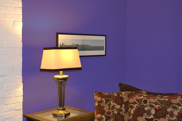 What Colors Make A Room Look Larger With Pictures Ehow