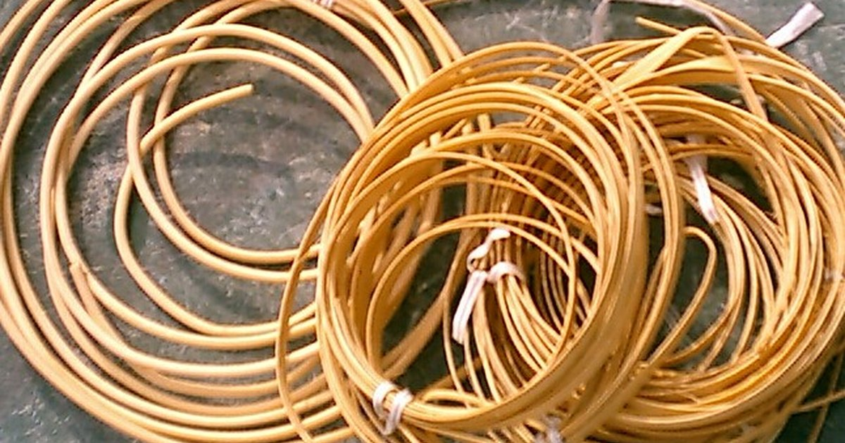 Bamboo Basket Making Supplies : Basket weaving tutorial ehow uk