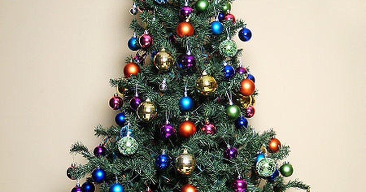 Formas de limpiar rboles de navidad artificiales ehow - Arboles de navidad artificiales ...