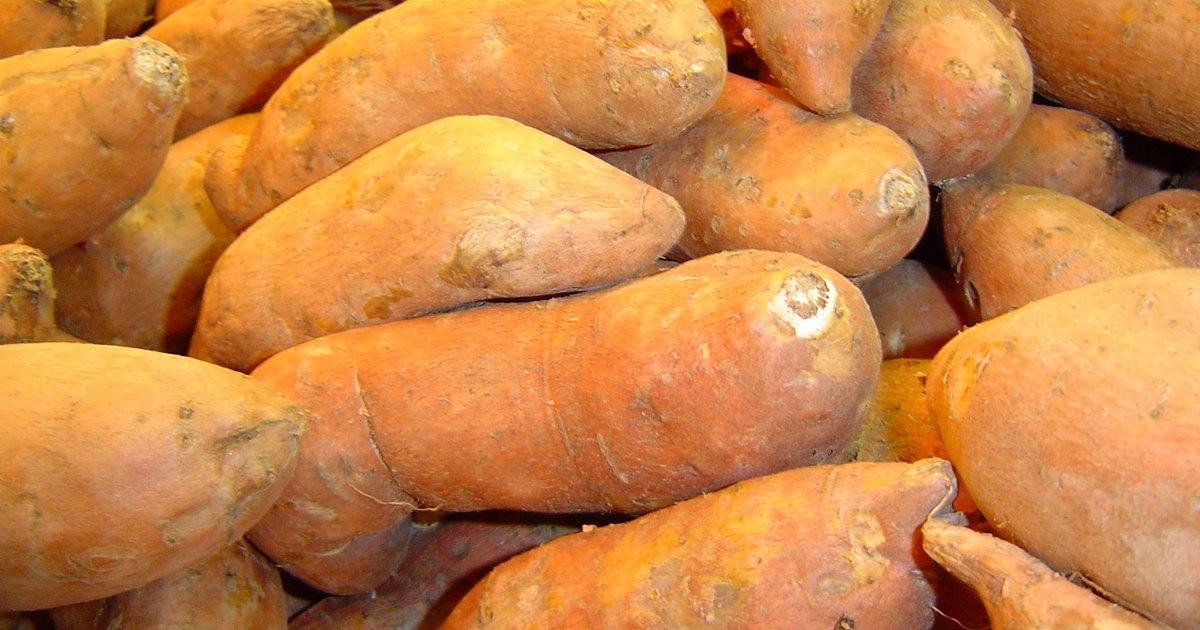 C mo cocinar batatas en el microondas ehow en espa ol for Cocinar en microondas