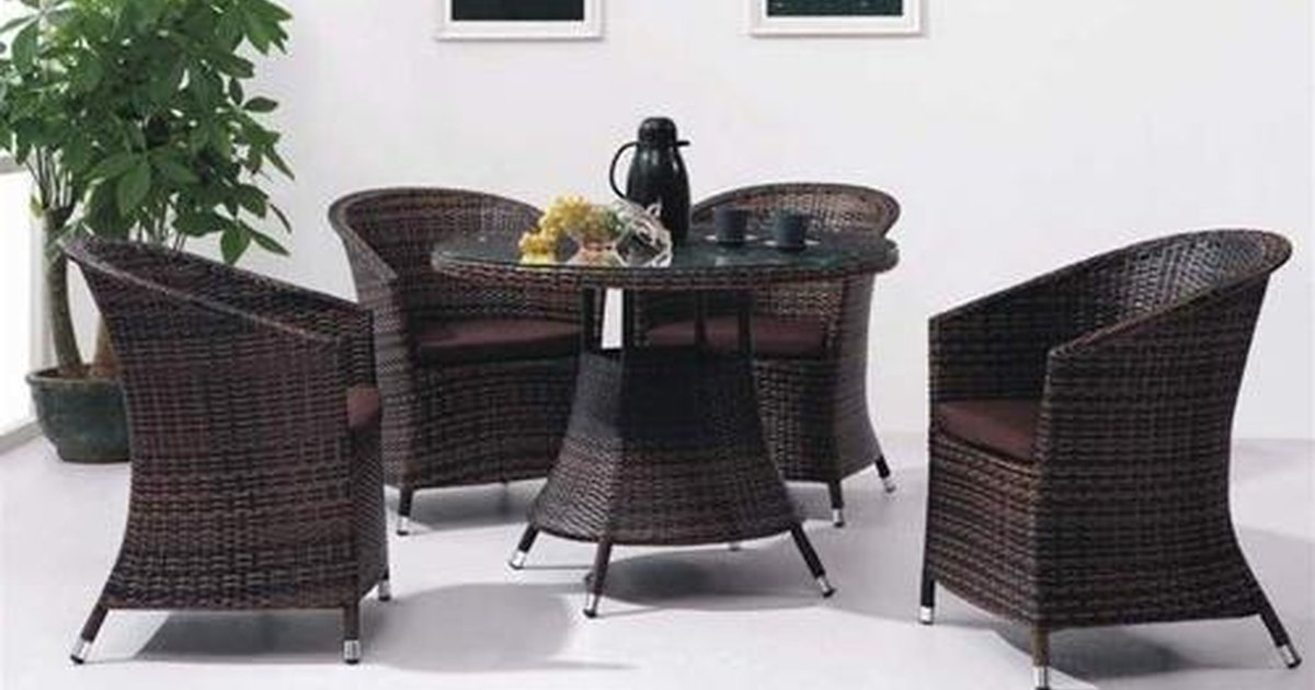 How To Clean Rattan Furniture Ehow Uk