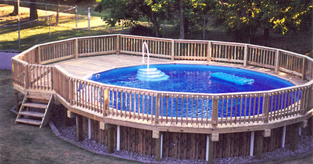 How to build a deck around an above ground pool ehow uk for Above ground pool decks images