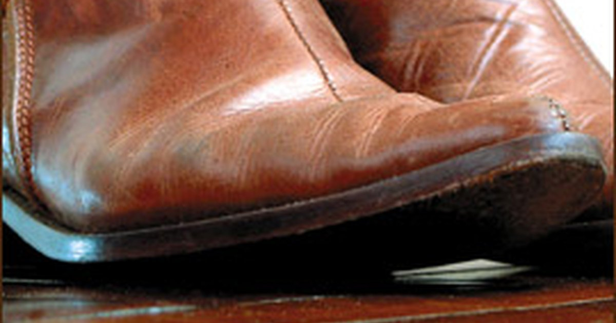 how to remove stains on leather boots ehow uk