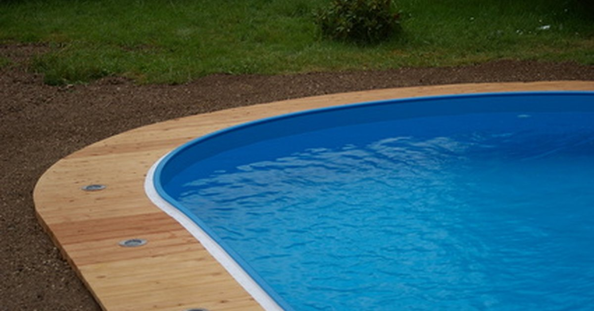 Cad swimming pool design programs ehow uk for Swimming pool design xls