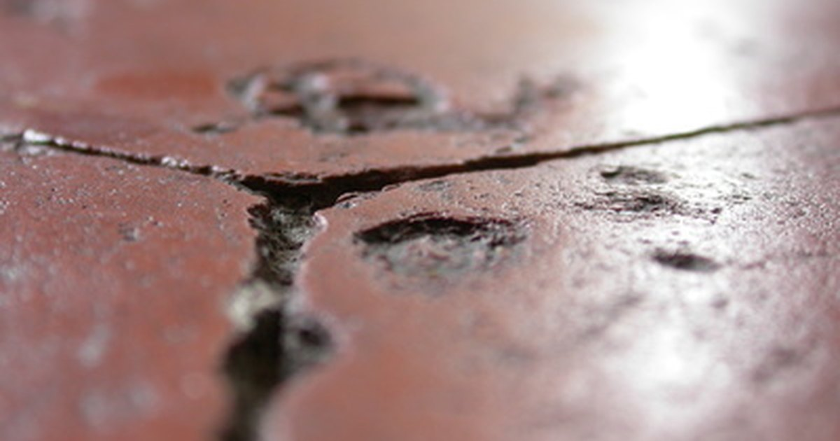 How To Remove Salt Stains From Terra Cotta Tile Ehow Uk