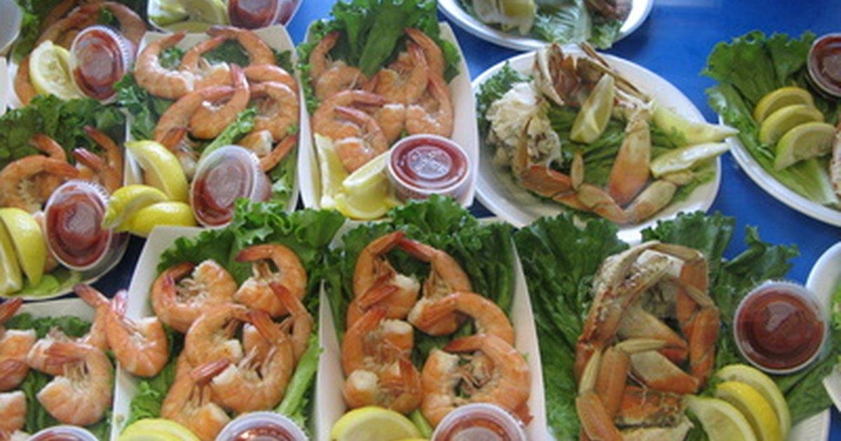 Como manter alimentos quentes ou frios em festas em casa ehow brasil - Alimentos frios ...