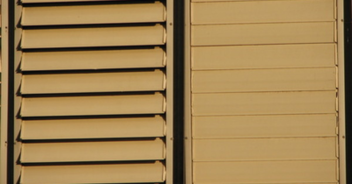 What Is The Best Way To Clean Wooden Blinds Ehow Uk