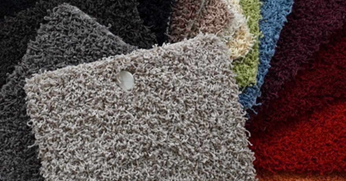 The best carpets for pets ehow uk for Pet resistant carpet
