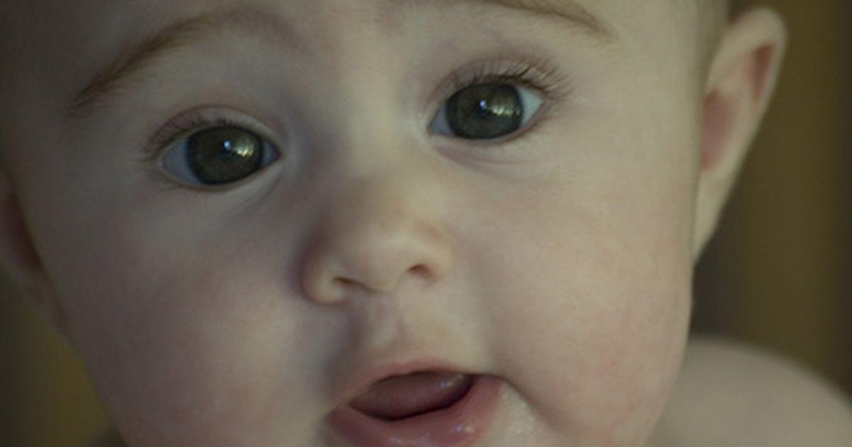 Cu nto debe pesar un beb de 5 meses ehow en espa ol - Cuanto debe pesar un bebe de 5 meses ...