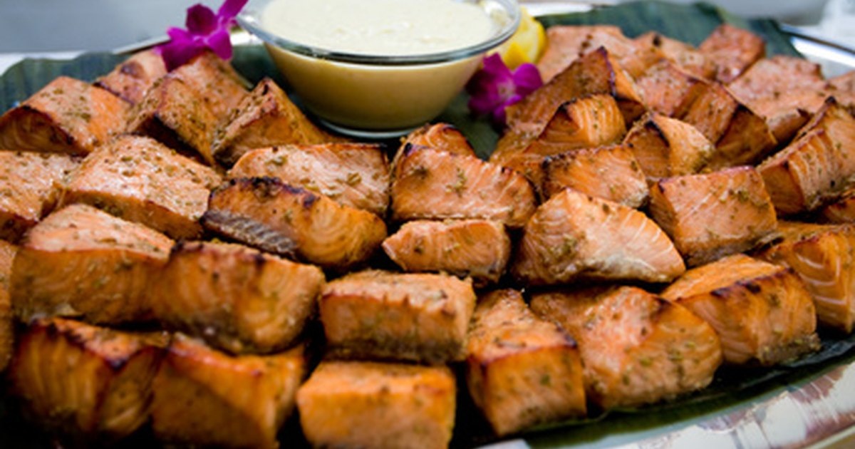 Ideas baratas de comida para bodas ehow en espa ol for Comida rapida para invitados