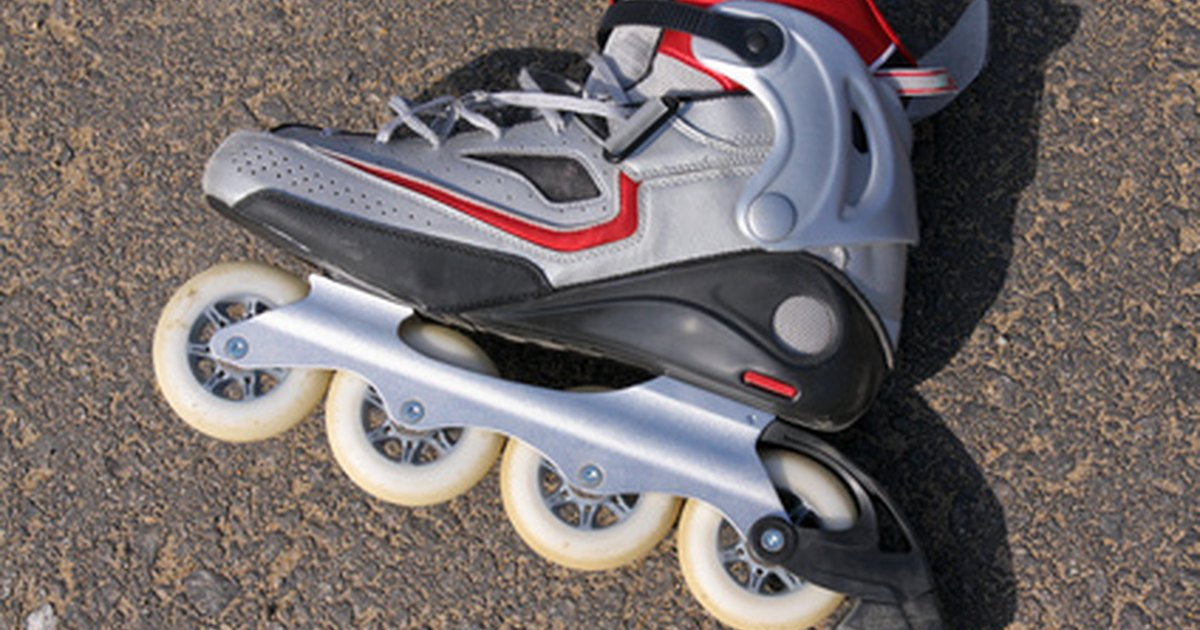 How to Make Good Finger Rollerblades | eHow UK