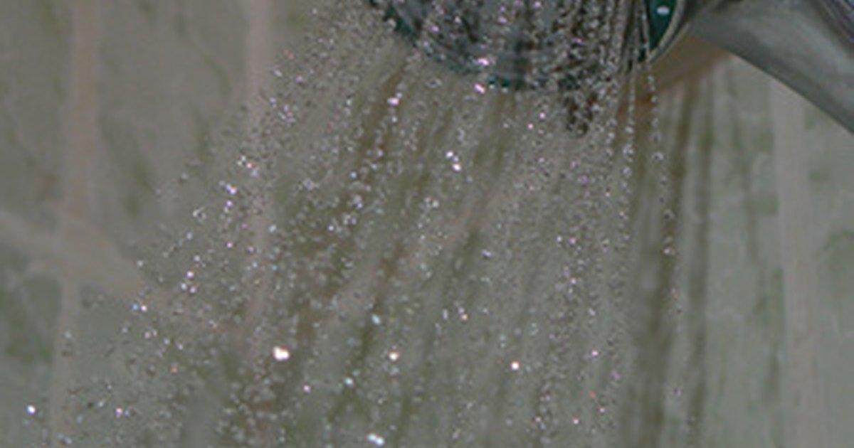 C mo reparar v lvulas mezcladoras de ducha nica ehow en for Como arreglar una llave de ducha
