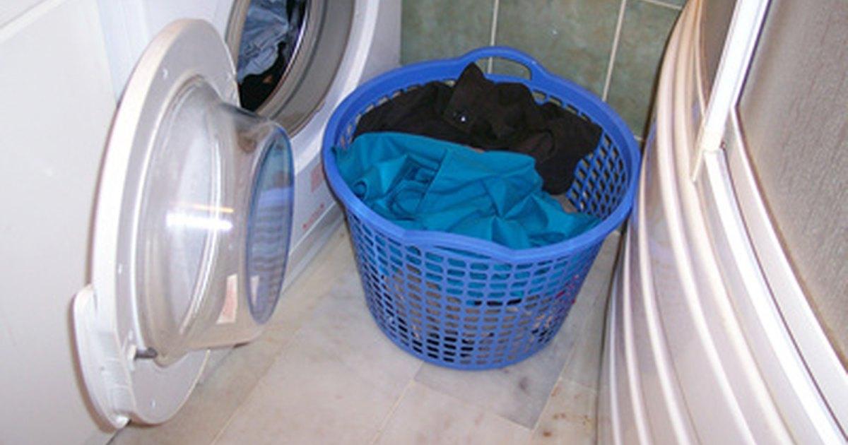 Usos del vinagre para lavar la ropa ehow en espa ol for El vinagre desinfecta