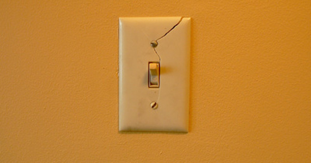 How To Fix A Wall Light Switch