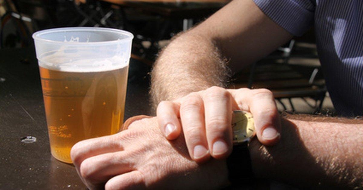 Que cavan al alcoholismo