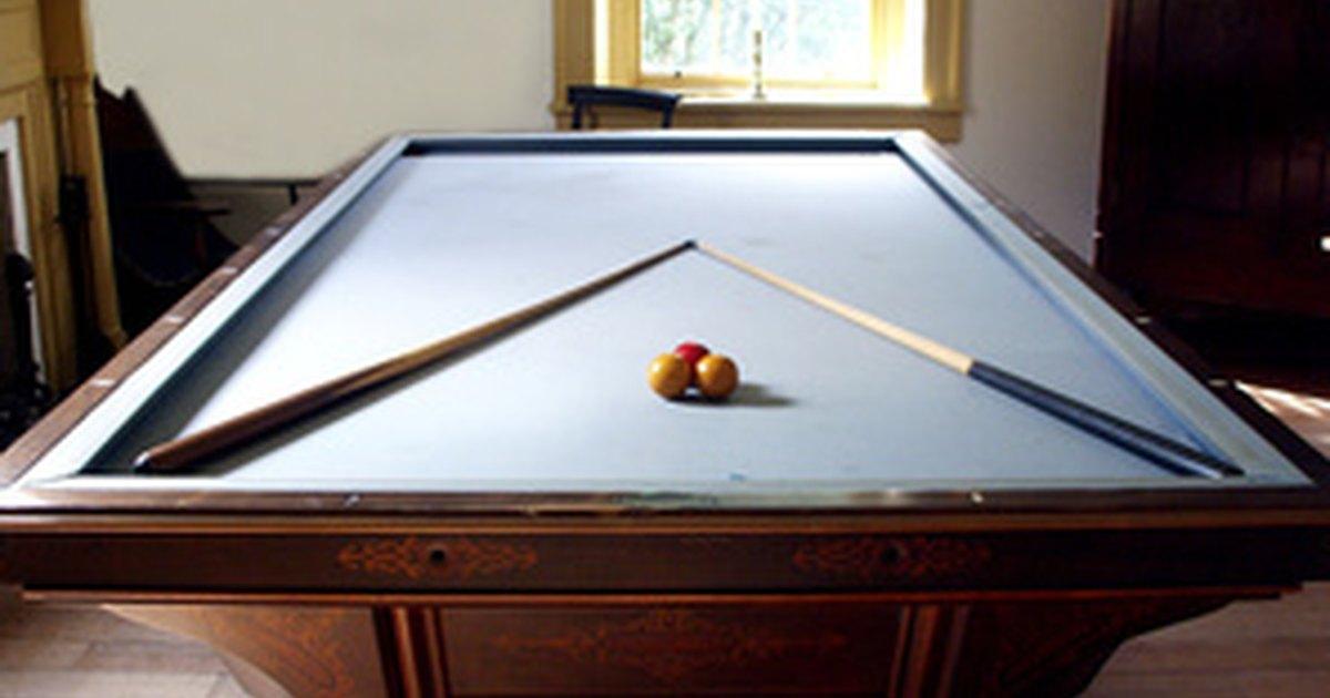 De qu tama o es una mesa de billar profesional ehow en for Mesa de billar profesional