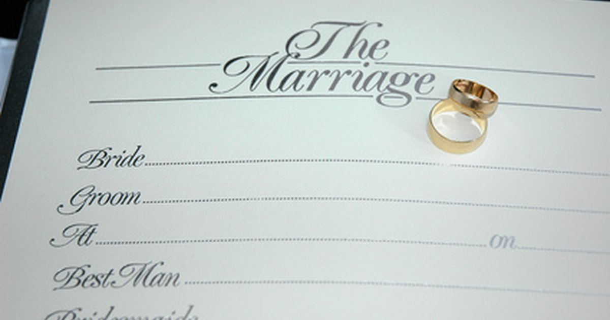 How to fill out a marriage certificate | eHow UK