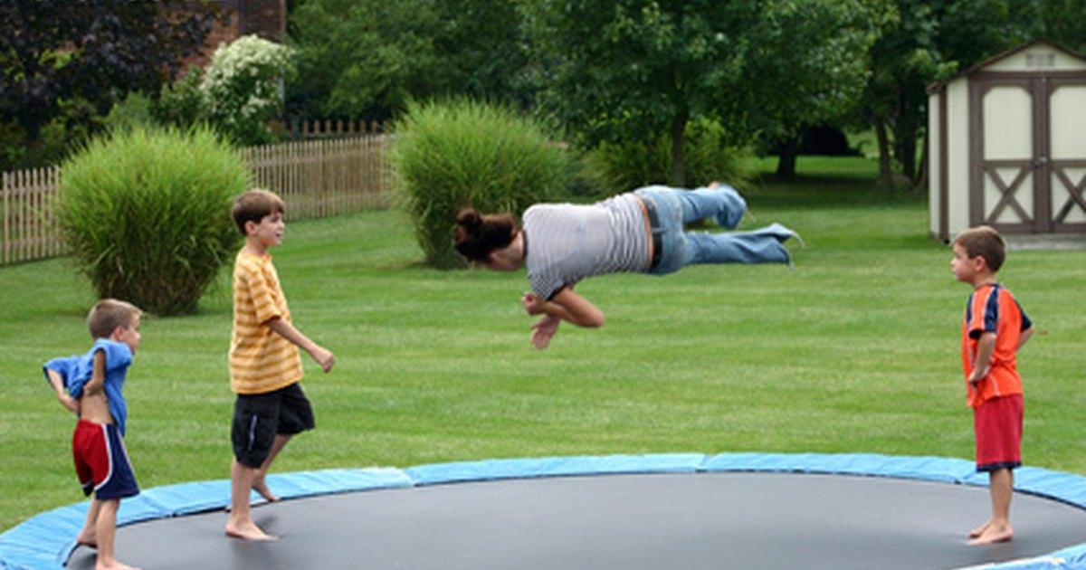 How To Repair A Tear In A Trampoline Mat Ehow Uk