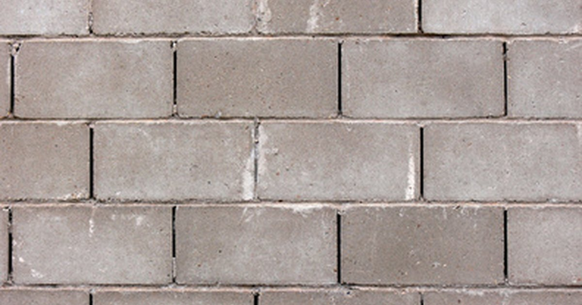 How To Paint A Concrete Block Wall Ehow Uk