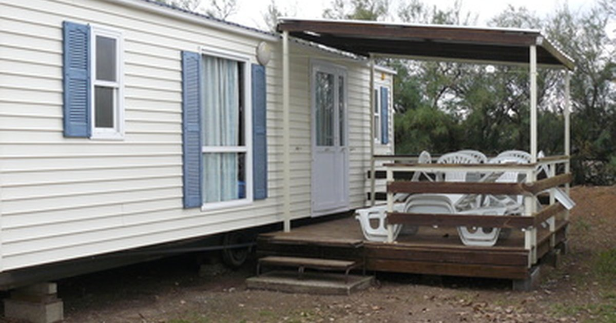 Where to find door steps for a mobile home ehow uk - What is the best modular home to buy ...