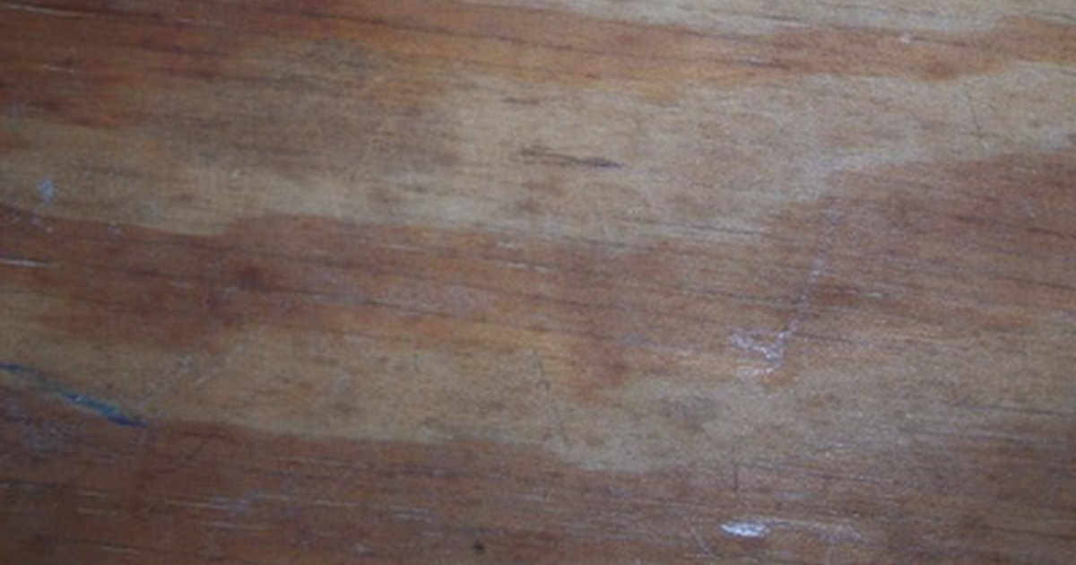 How To Clean Unfinished Wood Before Staining Ehow Uk