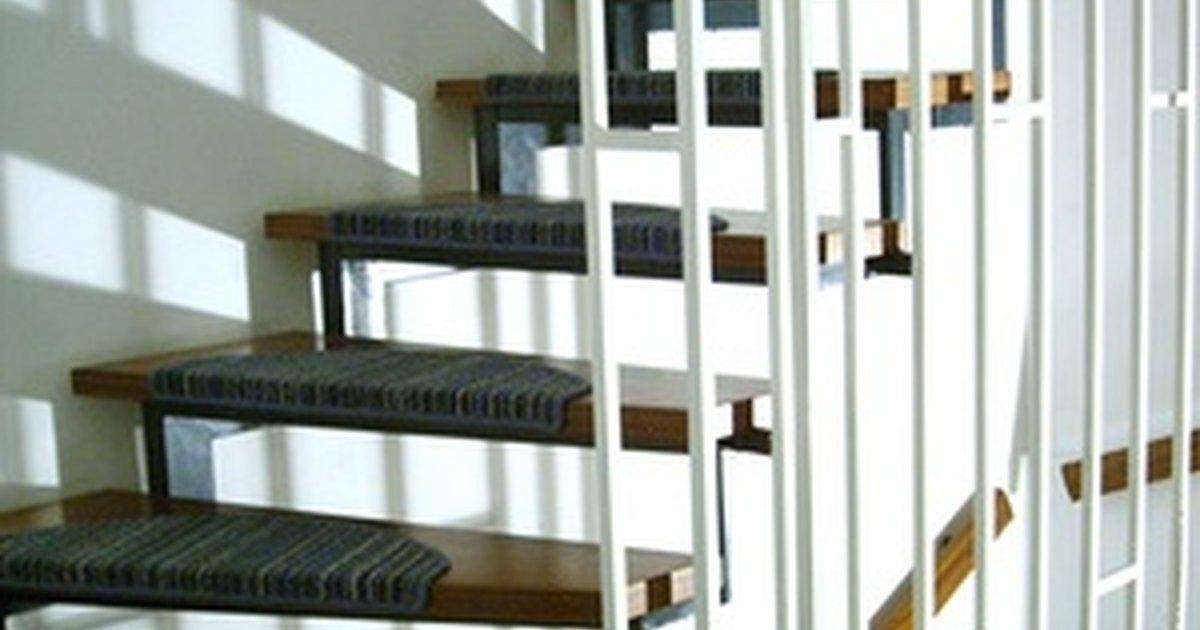 Ideas For Stair Coverings Ehow Uk