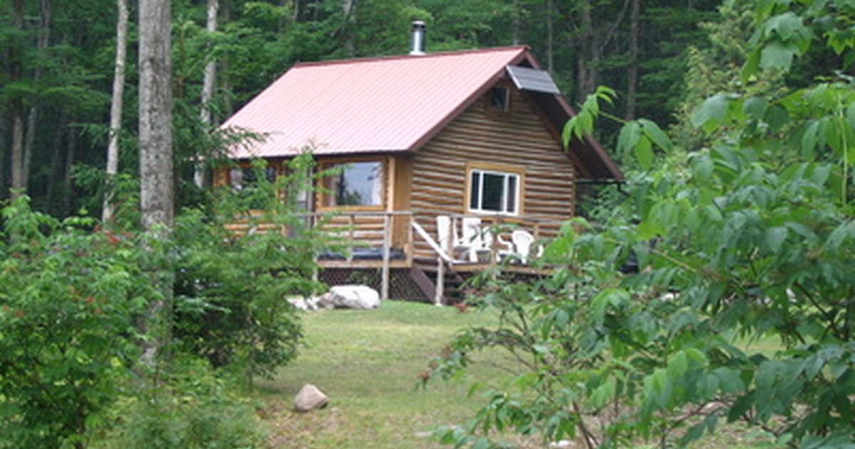 How to build a cheap log cabin ehow uk for How to build a cabin on a budget