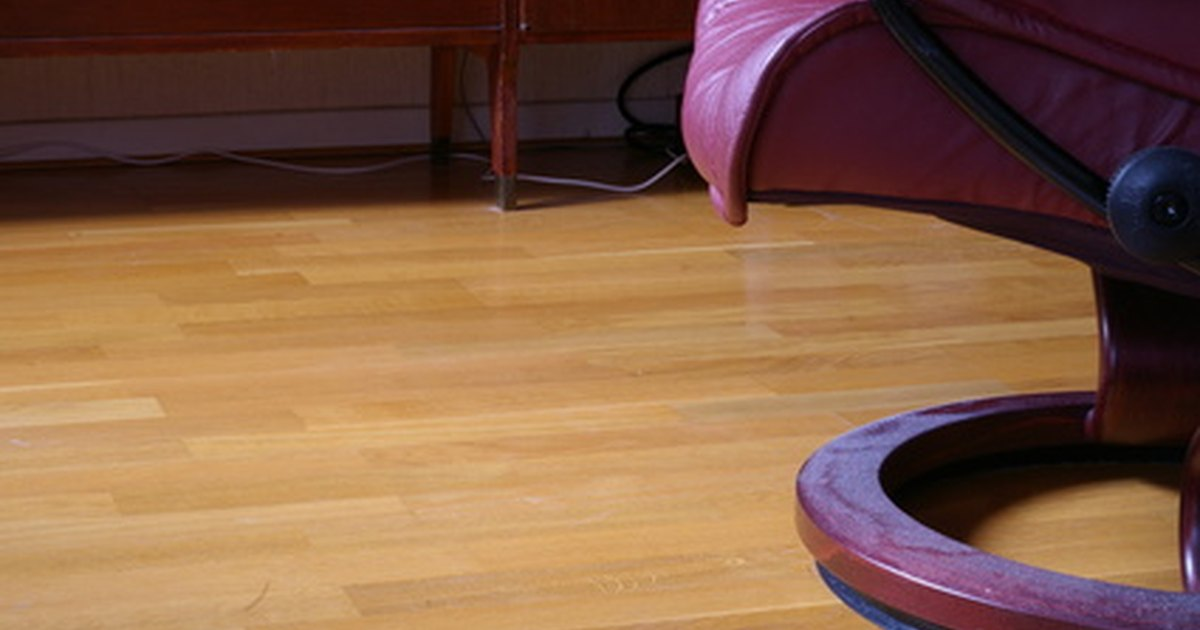 Can I Wax A Laminate Floor Ehow Uk
