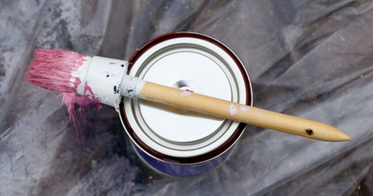 how to clean enamel paint brushes ehow uk. Black Bedroom Furniture Sets. Home Design Ideas