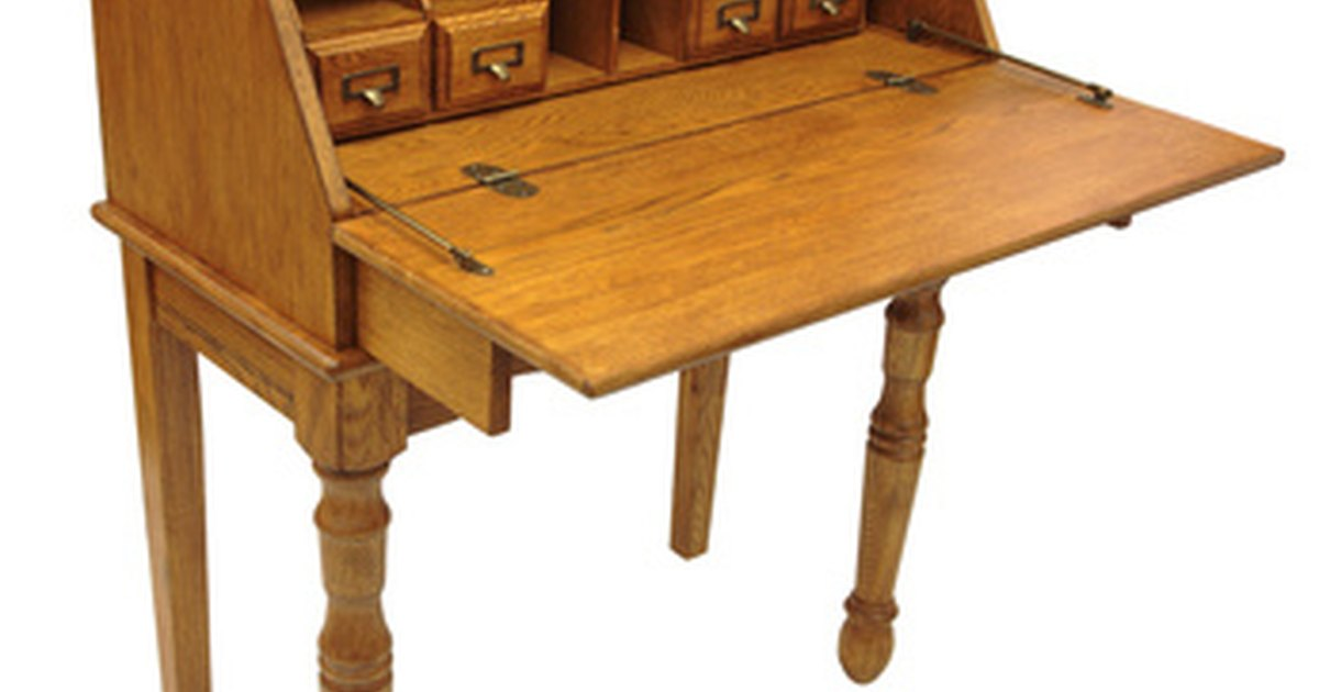Different Types Of Oak Used For Antique Furniture Ehow Uk