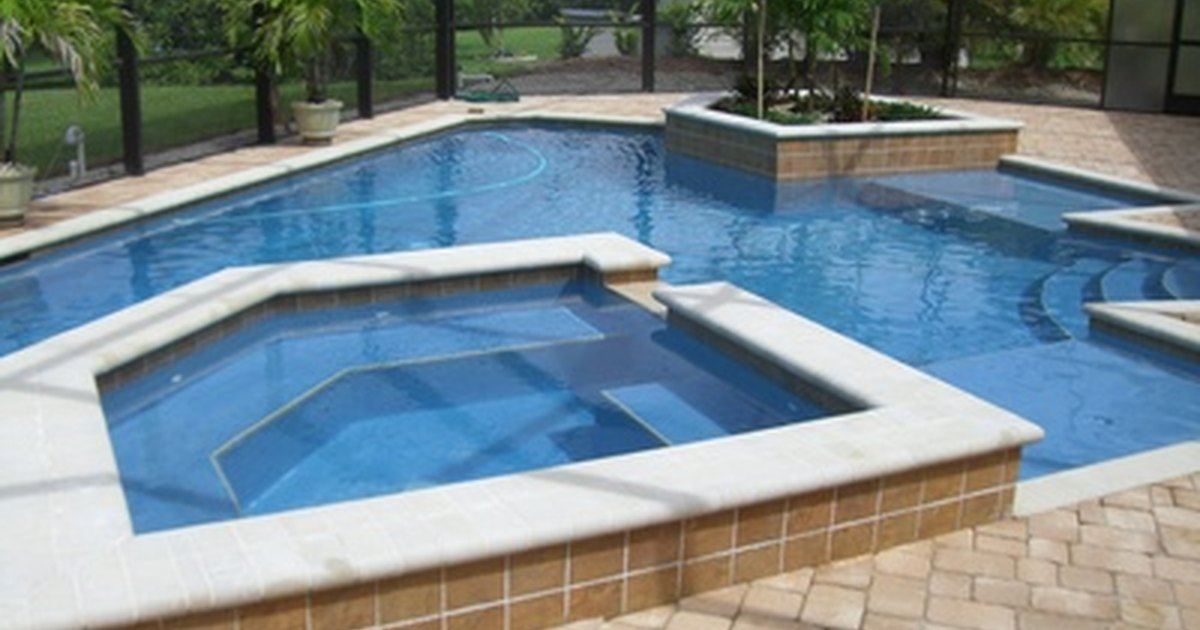 How To Remove Calcium Deposits From Swimming Pool Tiles Ehow Uk