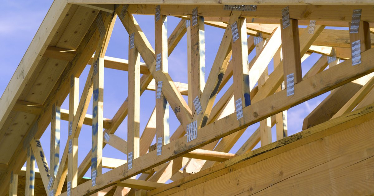 The average cost of trusses in home construction ehow uk for Pre made trusses price