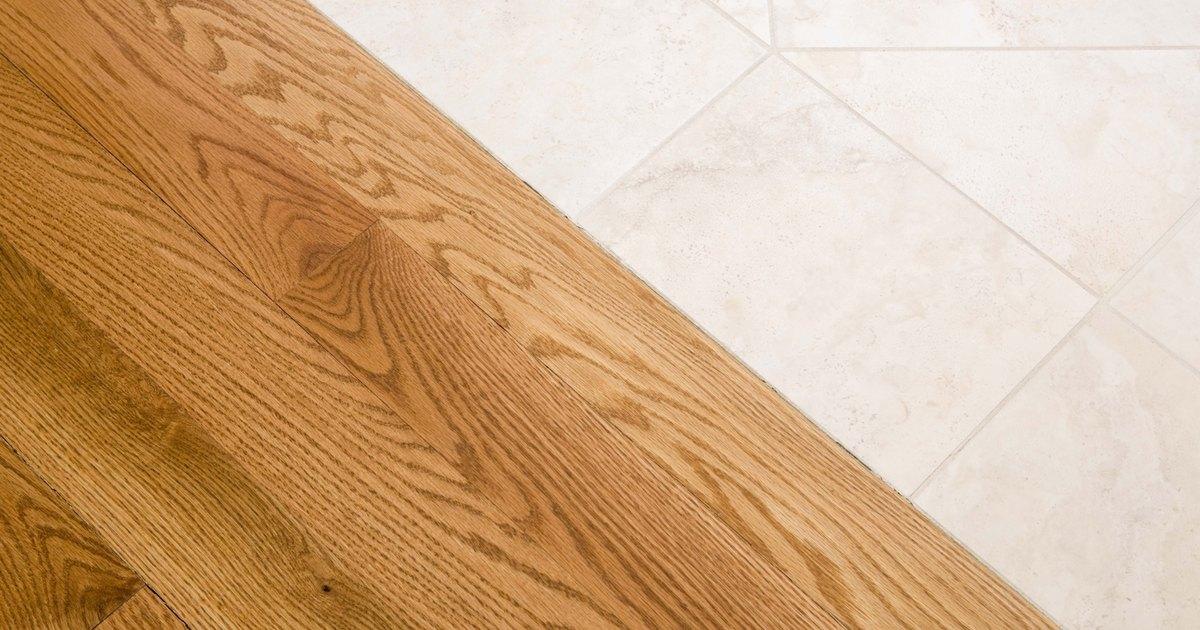How To Fix A Fresh Scratch On Oak Hardwood Floors Ehow Uk