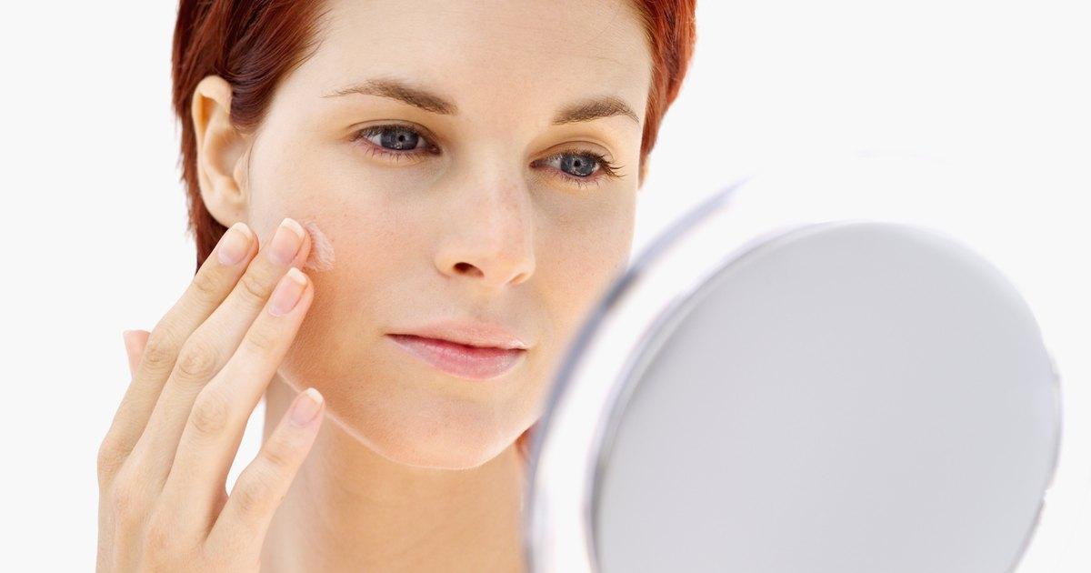 O que retira bainhas depois de um acne
