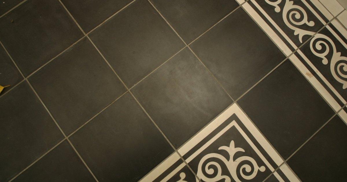 Puedo poner azulejos adhesivos sobre un piso de ba o - Colocar azulejos sobre azulejos ...