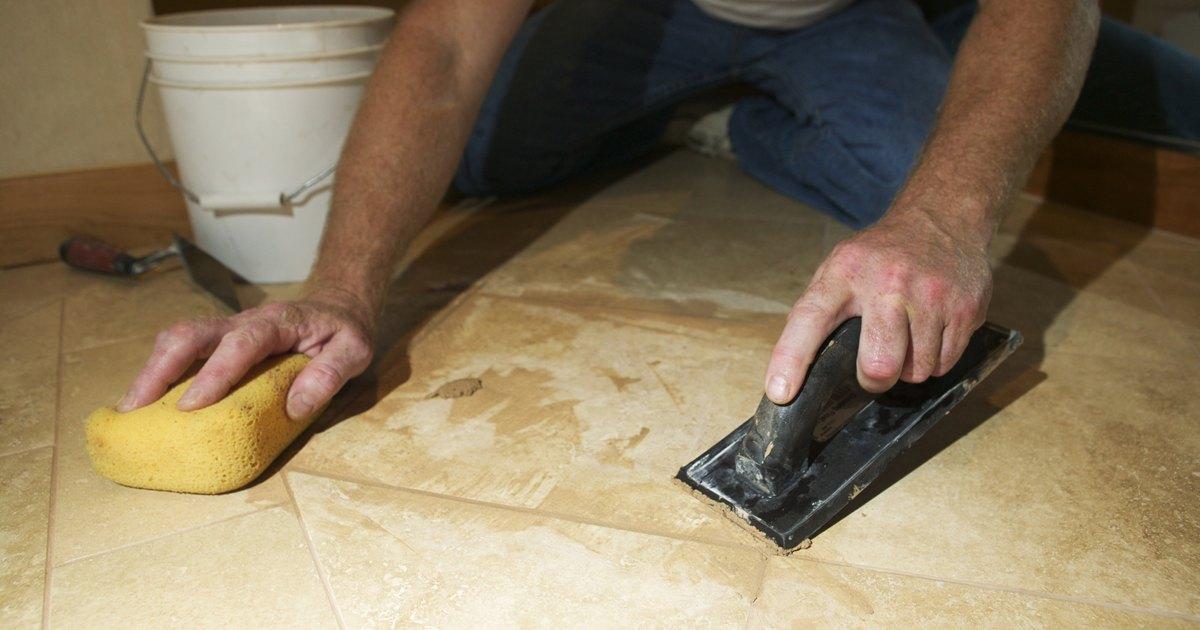 C mo lijar y pulir los pisos de m rmol ehow en espa ol - Como quitar rayones en el piso de ceramica ...