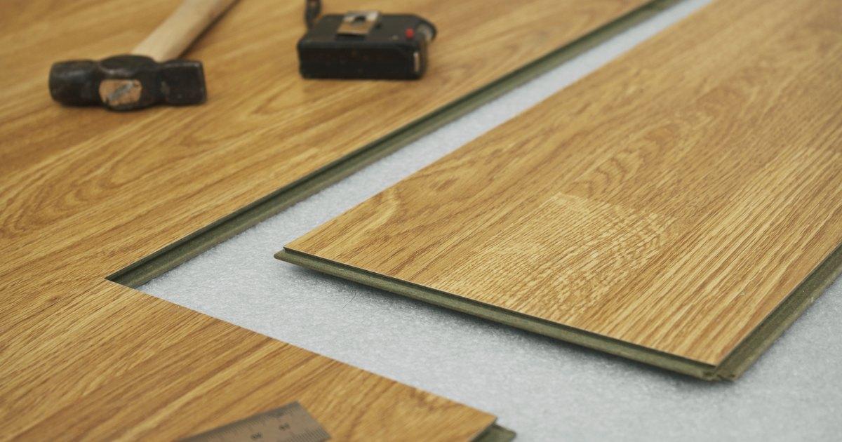 Laminate Floor Water Sealer : How to seal laminate flooring ehow uk
