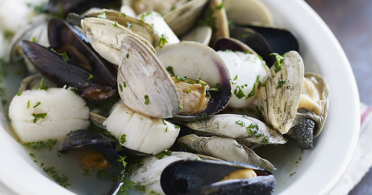How to dig for mussels ehow uk for Low purine fish