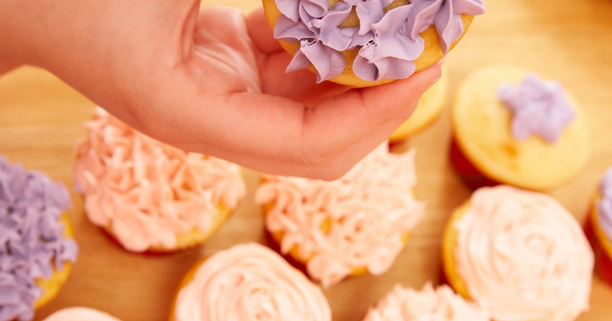 What Are the Different Types of Cake Decorating Tips ...