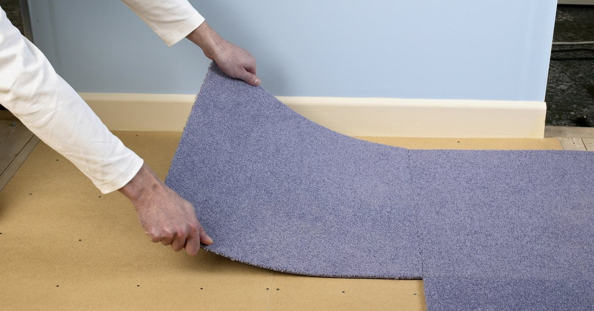 Costo de compra e instalaci n de una alfombra nueva ehow for Compra de alfombras