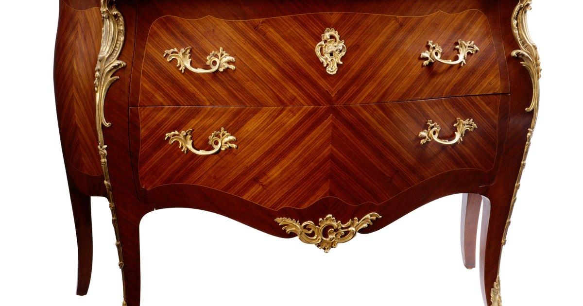 La identificaci n de estilos de muebles antiguos ehow en - Estilo de muebles antiguos ...