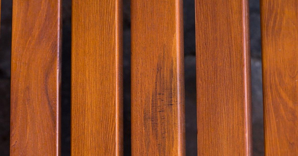C mo lijar y limpiar un acabado de madera ehow en espa ol - Como lijar madera ...