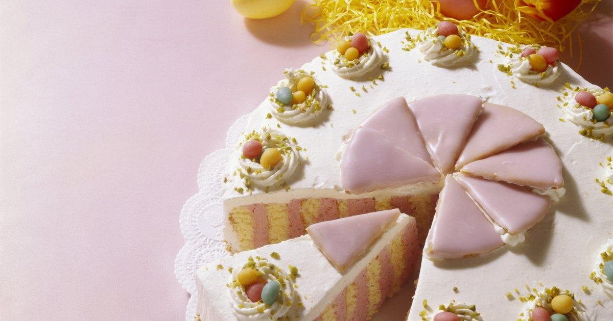 Cake Decorating Job Vacancies Uk : Easter egg cake decorating ideas eHow UK