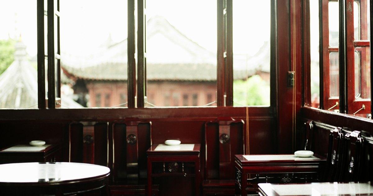 Como hacer un plano de distribuci n de mesas para un for Planos de bares pequenos