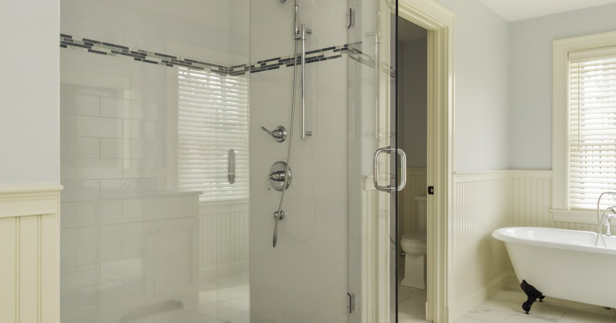 How To Clean Mould From Aluminum Shower Doors Ehow Uk