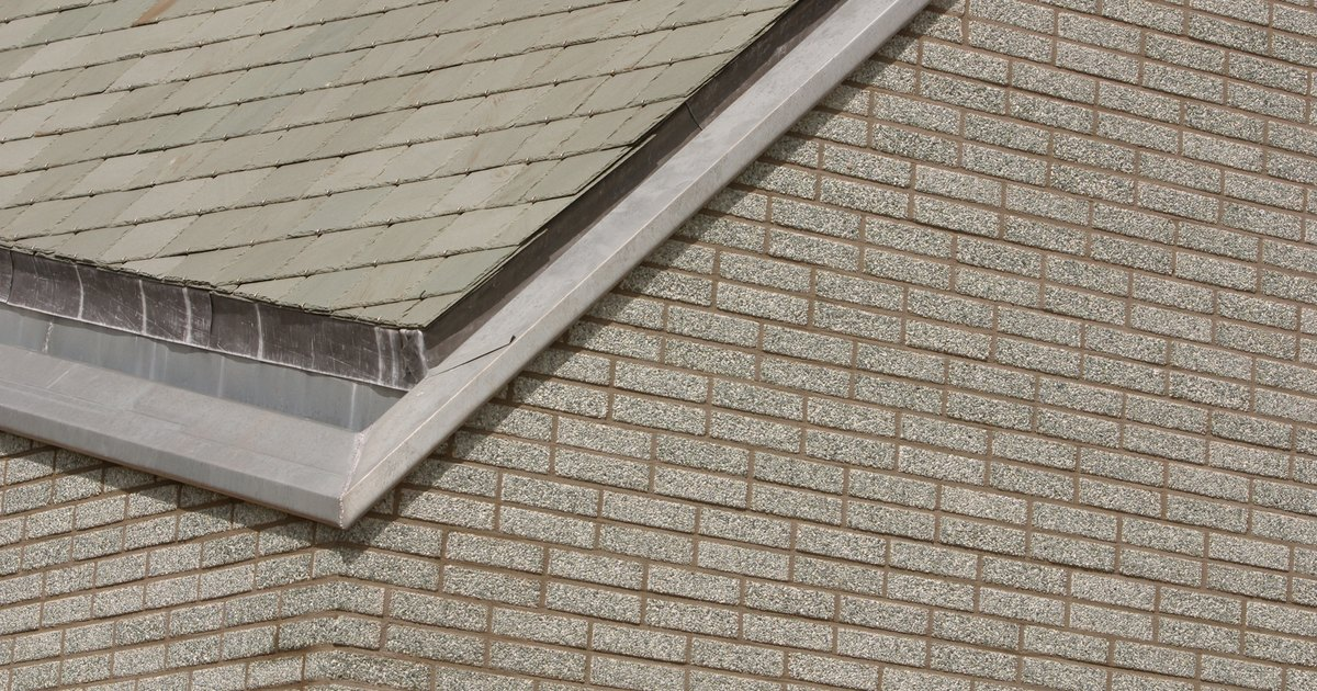 How To Stop Moss From Blocking The Gutter Amp Drainpipe