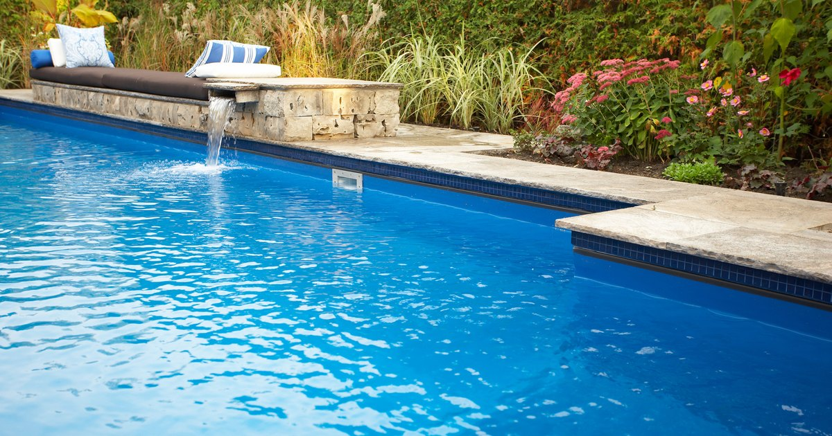 How To Remove Limescale From A Swimming Pool Ehow Uk